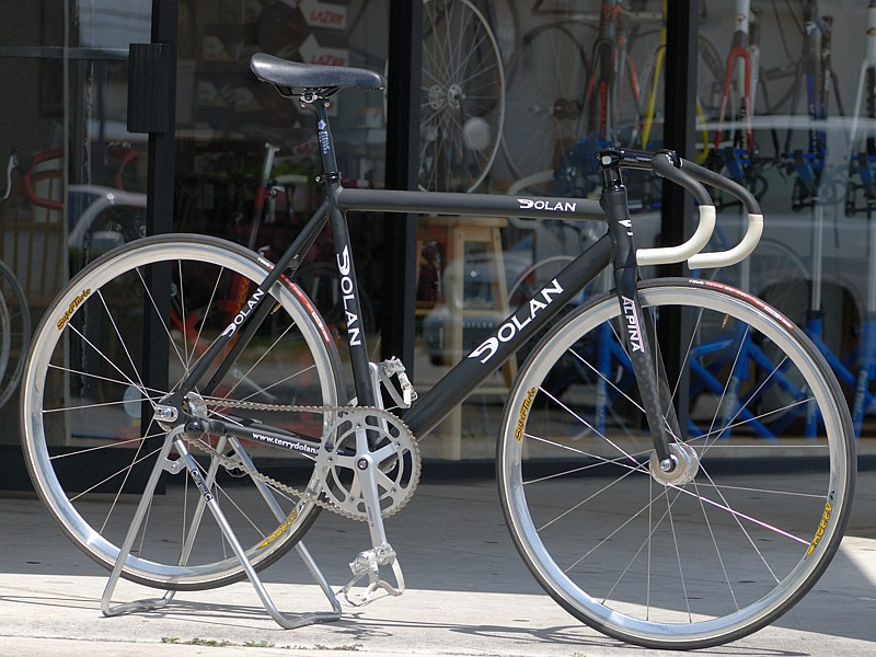 BUSINESS CYCLES: Track Racing Bicycles and Frames: DOLAN TRACK FRAME ...